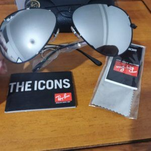💯NEW💯Ray Ban Aviator Silver Mirrored Lens RB3026